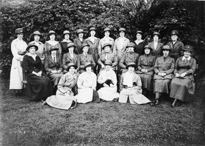 THE WOMENS VOLUNTEER RESERVE ON THE HOME FRONT, 1914-1918