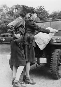 UNITED STATES WOMENS ARMY CORPS IN BRITAIN DURING THE SECOND WORLD WAR