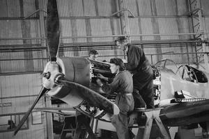 WAR INDUSTRY IN BRITAIN 1939-1945