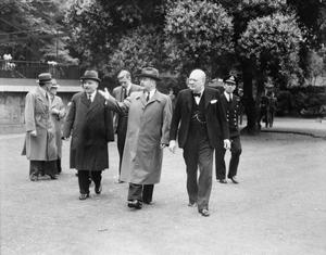 THE SIGNING OF THE ANGLO-RUSSIAN ALLIANCE, LONDON, 26 MAY 1942
