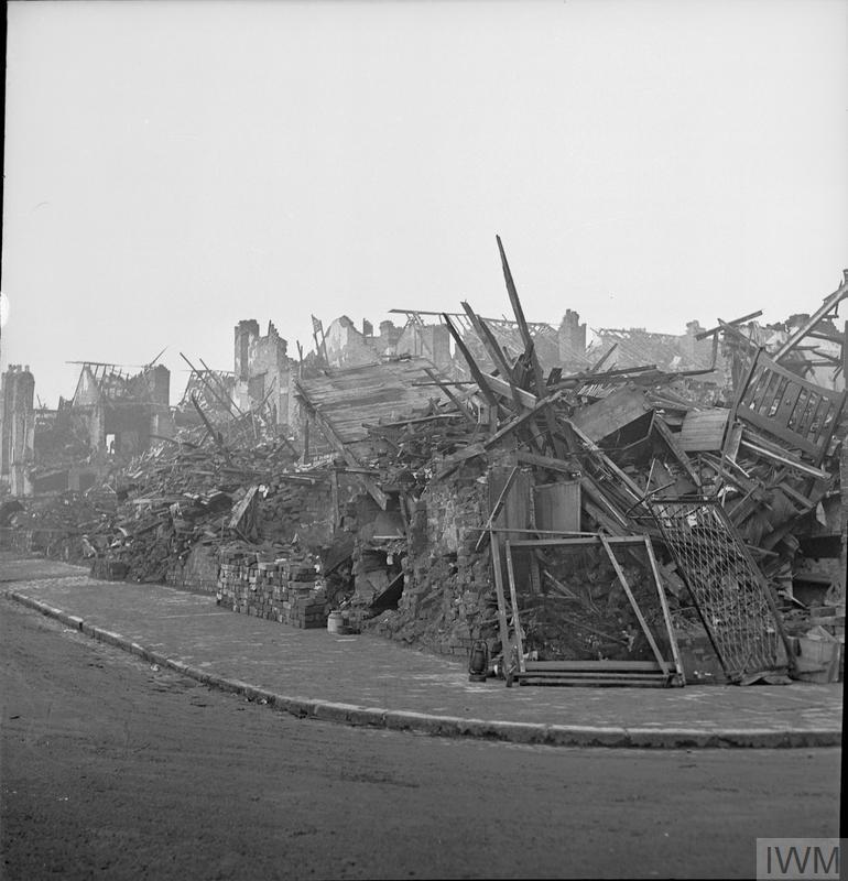 BOMB DAMAGE IN BIRMINGHAM, ENGLAND, C 1940/1941