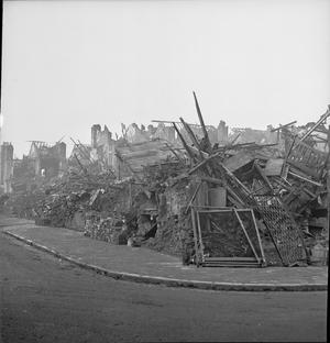 BOMB DAMAGE IN BIRMINGHAM, ENGLAND, C 1940/1941