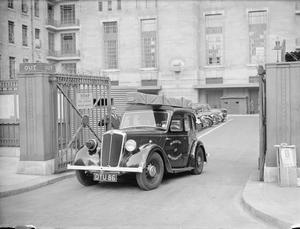THE WORK OF THE MINISTRY OF INFORMATION MOBILE FILM UNIT, UK, 1940