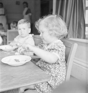 DOVERHAY NURSERY: LIFE AT AN AMERICAN-FUNDED NURSERY, PORLOCK, DEVON, 1942
