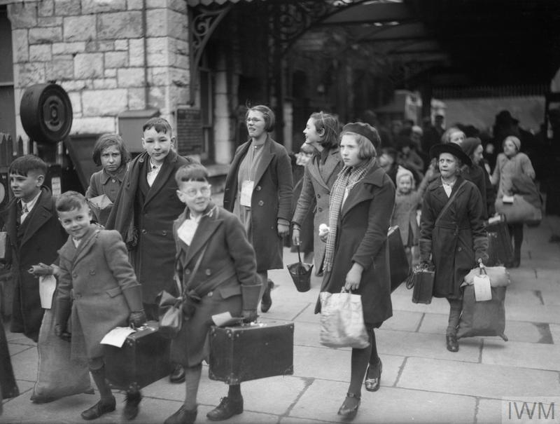 Evacuees From Bristol To Kingsbridge Devon 1940 D 2593