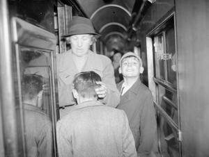 EVACUEES FROM BRISTOL TO KINGSBRIDGE, DEVON, 1940