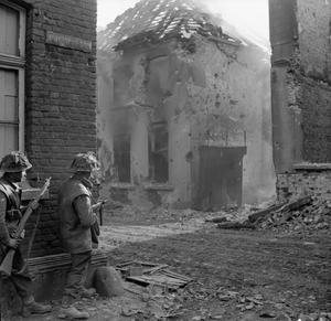 THE CAMPAIGN IN NORTH WEST EUROPE  1944-45