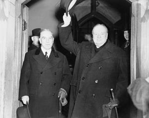 WINSTON CHURCHILL DURING THE SECOND WORLD WAR IN CANADA
