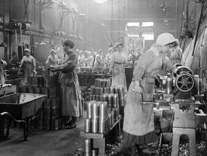 THE ARMS PRODUCTION IN BRITAIN IN THE FIRST WORLD WAR