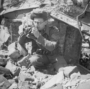 PHOTOGRAPHY DURING THE SECOND WORLD WAR