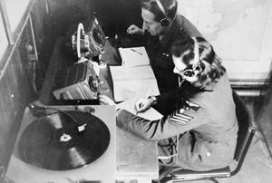 ROYAL AIR FORCE RADIO-COUNTERMEASURES, 1939-1945