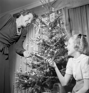 CHRISTMAS IN WARTIME, DECEMBER 1944