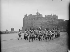 BAND OF THE KING'S AFRICAN RIFLES VISITS EDINBURGH, SCOTLAND, 1946