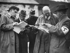 THE CIVILIAN EVACUATION SCHEME IN BRITAIN, 1941