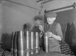 AT WORK IN A BRITISH SHELL FACTORY, ENGLAND, C 1940