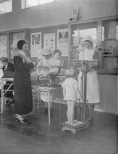 DAY NURSERY AT TOTTENHAM, LONDON, ENGLAND, 1940