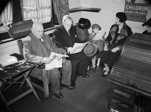 THE WORK OF THE CITIZENS' ADVICE BUREAU, ELDON HOUSE, CROYDON, ENGLAND, 1940