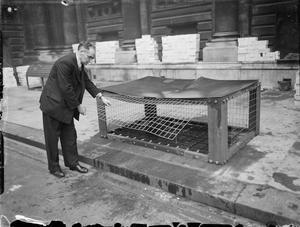 CIVIL DEFENCE IN BRITAIN: MORRISON SHELTER TEST, 1941