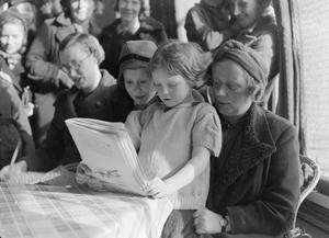 LONDON EVACUEES TO DEVON AND CORNWALL, ENGLAND, 1941