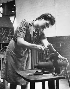TRAINING FOR WAR WORK AT THE CHELSEA POLYTECHNIC MINISTRY OF LABOUR TRAINING CENTRE, LONDON, ENGLAND, 1941