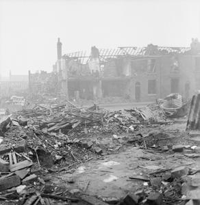 BOMB DAMAGE IN BIRMINGHAM, ENGLAND, C 1940
