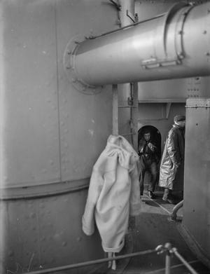 ON BOARD THE BATTLESHIP HMS RODNEY AT SEA. 1940.