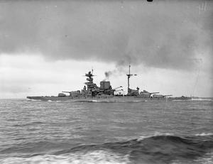 ON BOARD THE DESTROYER HMS BEDOUIN. SEPTEMBER 1941.