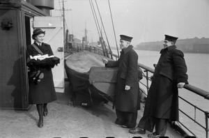 THE UNKNOWN GIRL BEHIND THE SEA BATTLE: THE WORK OF THE WOMEN'S ROYAL NAVAL SERVICE, 1942