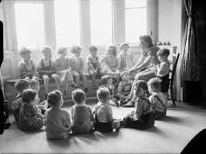 AMERICAN AID TO BRITAIN: LIFE AT SYSTON COURT NURSERY, THE SARA DELANO ROOSEVELT HOME, GLOUCESTERSHIRE, ENGLAND, 1942