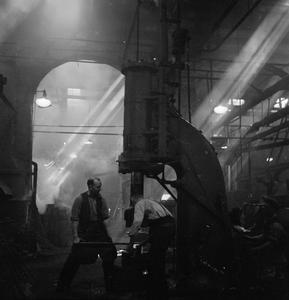 TANK FACTORY: THE CONSTRUCTION OF MATILDA TANKS, 1942