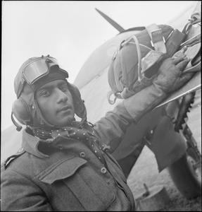 INDIAN TEST PILOT, ENGLAND, 1942
