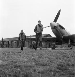 AMERICANS IN BRITAIN: THE WORK OF NO 121 (EAGLE) SQUADRON RAF, ROCHFORD, ESSEX, AUGUST 1942