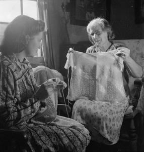 SOLDIER'S SON: PREGNANCY AND CHILDBIRTH IN WARTIME, BRISTOL, ENGLAND, 1942