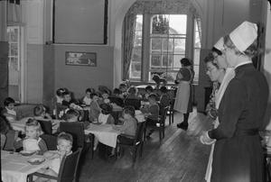 LIFE AT THE TAPLEY PARK CHILDREN'S HOME (THE CHAIM WEIZMANN HOME), INSTOW, DEVON, OCTOBER 1942