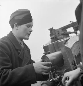GIRL GUNNERS: THE WORK OF THE AUXILIARY TERRITORIAL SERVICE AT AN EXPERIMENTAL STATION, SHOEBURYNESS, ESSEX, ENGLAND, 1943