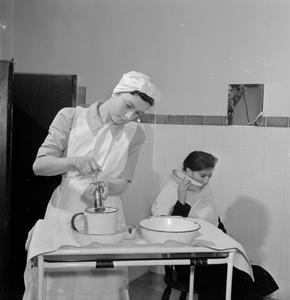 STUDENT NURSE: LIFE AT ST HELIER HOSPITAL, CARSHALTON, SURREY, 1943