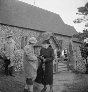 MRS BUGLER GOES TO WAR: EVERYDAY LIFE IN EAST DEAN, SUSSEX, ENGLAND, 1943