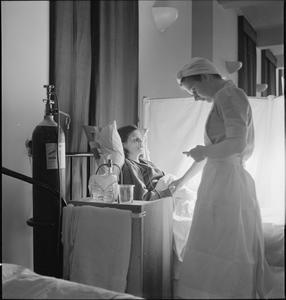 STUDENT NURSE: LIFE AT ST HELIER HOSPITAL, CARSHALTON, SURREY, 1943