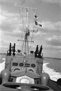 MOTOR TORPEDO BOATS. 1940, ON BOARD AN MTB, FELIXSTOWE