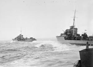 ON BOARD HMS KIPLING, WITH THE FIFTH DESTROYER FLOTILLA. 1941, AT SEA.
