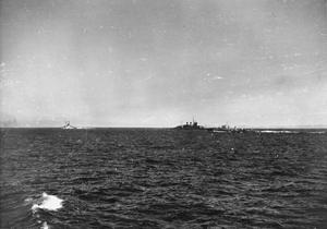 FLEET OPERATION IN THE MEDITERRANEAN. NOVEMBER 1940, ON BOARD THE DESTROYER HMS KELVIN.