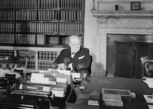 WINSTON CHURCHILL IN THE SECOND WORLD WAR IN THE UNITED KINGDOM