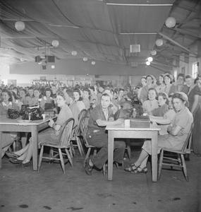 WELFARE FACILITIES AT A ROYAL ORDNANCE FACTORY, BRITAIN, 1943