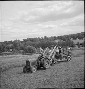 MODERN FARMING: AGRICULTURE IN BRITAIN, 1943