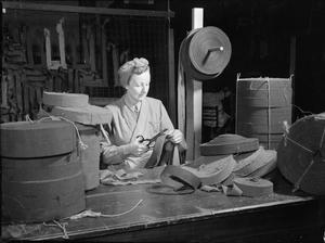 WOMEN OF THE WVS GARNISH CAMOUFLAGE NETS: WAR WORK IN LONDON, ENGLAND, UK, 1943