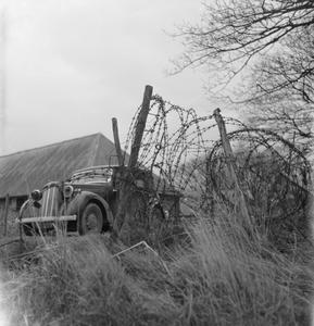 FRONT LINE FARM: AGRICULTURE ON THE WHITE CLIFFS OF DOVER, KENT, ENGLAND, UK, c 1944