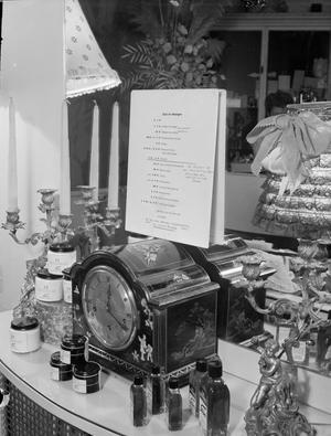 WARTIME HAIR DRESSER: THE WORK OF STEINER'S SALON, GROSVENOR STREET, LONDON, ENGLAND, UK, 1944