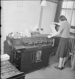 WARTIME SOCIAL SURVEY: INFORMATION GATHERING IN WARTIME BRITAIN, UK, 1944
