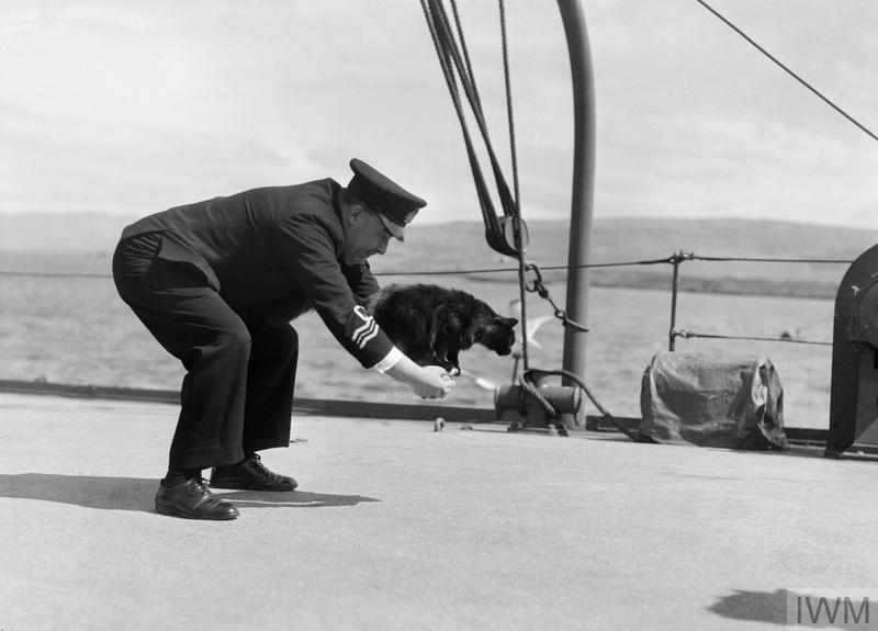 BATTLE SCHOOL FOR U-BOAT HUNTERS: ROYAL NAVAL TRAINING AT TOBERMORY, MULL, SCOTLAND, UK, 1944