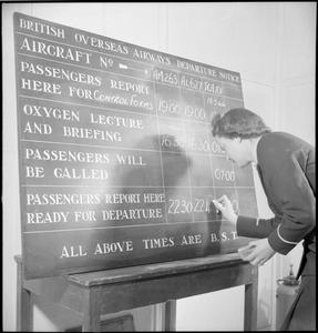 PRESTWICK AIRPORT: TRANSPORT AND TRAVEL IN WARTIME, PRESTWICK, AYRSHIRE, SCOTLAND, UK, 1944